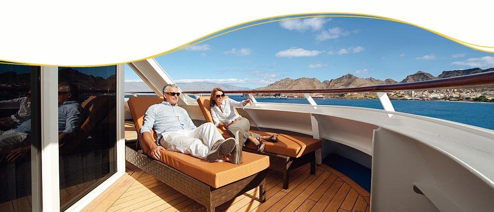 klassische Kreuzfahrtschiffe und exotische Landschaften entdecken