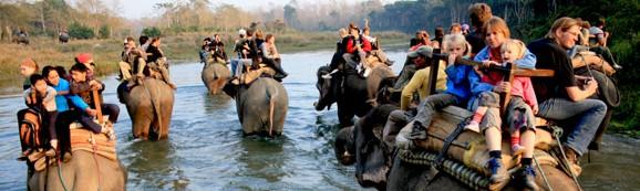 Wanderreisen in Nepal mit Elefantentour