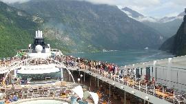 MSC im Geirangerfjord
