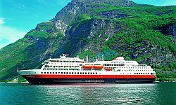 Hurtigruten ab/an Hamburg